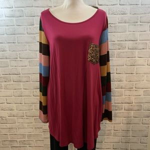 NWT Boutique wine with striped sleeve top